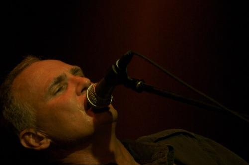 Steve performing at Die Boer in 2009.